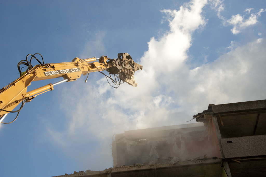 The muncher demolishes the Aylesbury Estate